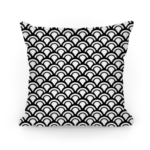 Black and White Mermaid Scales Pattern